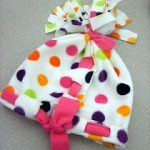 How To Make Beautiful Hanmade Fleece Hats For Your Little Ladies