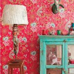 This Year's Trendy Flower-Patterned Walls