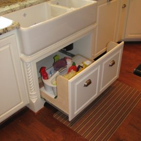 Craft ing an useful drawer under the sink