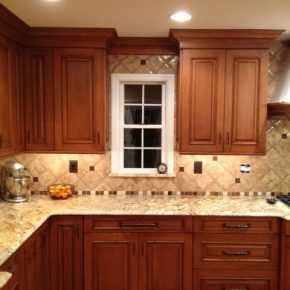 Tips to renovate kitchen counters and backsplashes for a modern look